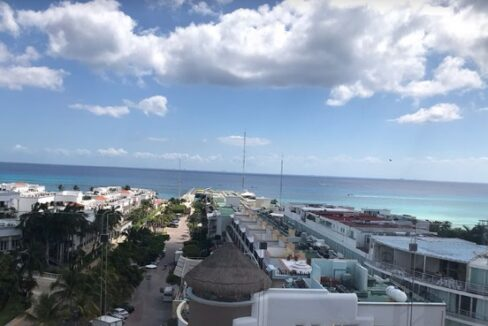 tourist-zone-penthouse-playa-del-carmen-mexico-ushombi-19