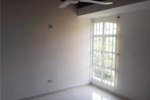 Rodadero-Home-in-Gated-Community-Santa-Marta-Colombia-Ushombi-10
