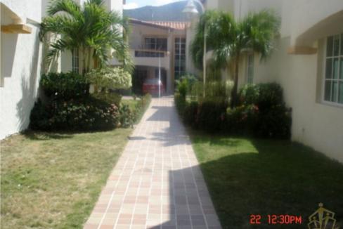 Rodadero-Home-in-Gated-Community-Santa-Marta-Colombia-Ushombi-12
