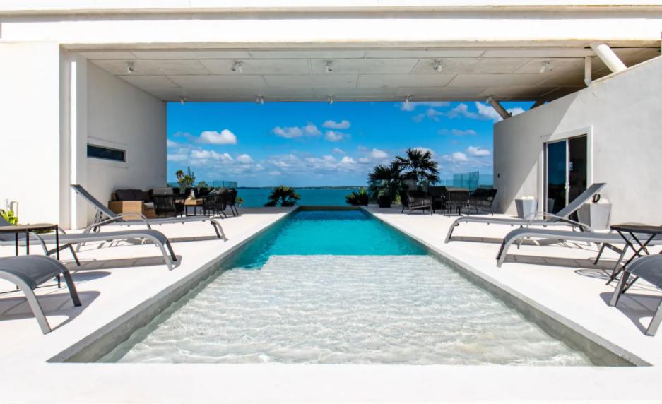 Sky-Cove-Palmetto-Point-Eleuthera-Bahamas-Ushombi-1