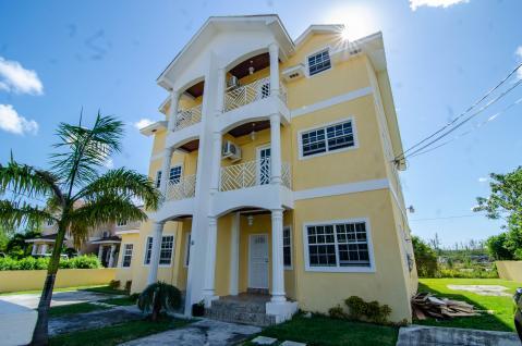 sandriana-gardens-townhouse-2-perpall-tract-nassau-bahamas-ushombi-2