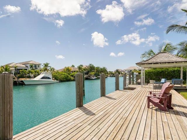 16-bay-creek-old-fort-bay-nassau-bahamas-ushombi-28