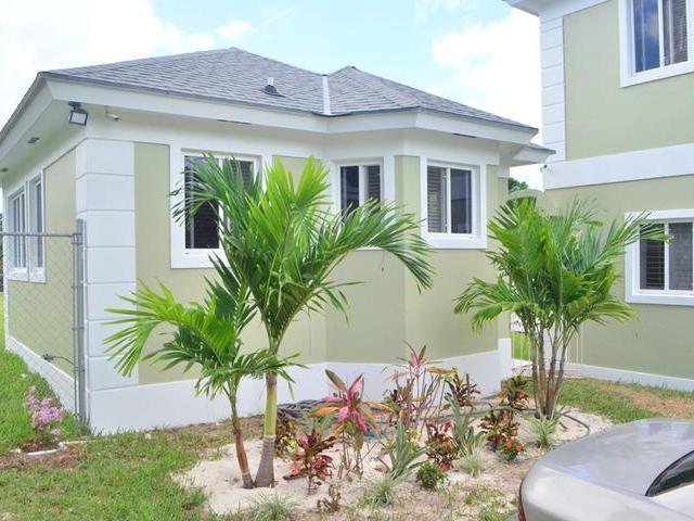 3-eastern-road-new-providence-paradise-island-bahamas-ushombi-21