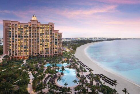5-910-the-reef-at-atlantis-new-providence-paradise-island-bahamas-ushombi-1
