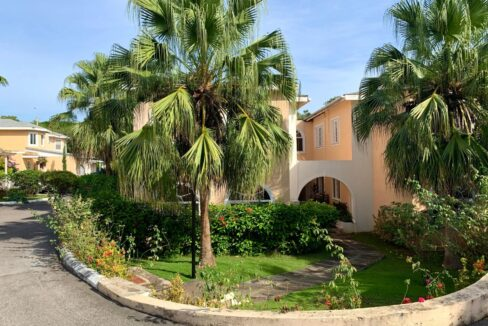apt-11-28-davis-avenue-montego-bay-jamaica-ushombi-2