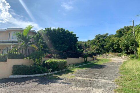 apt-11-28-davis-avenue-montego-bay-jamaica-ushombi-20