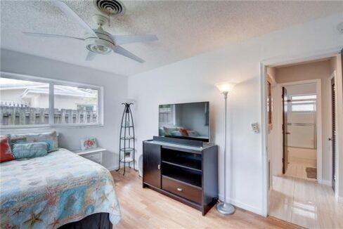 5661-Northeast-22nd-Ave-Fort-Lauderdale-Florida-ushombi-16