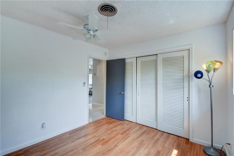 5661-Northeast-22nd-Ave-Fort-Lauderdale-Florida-ushombi-19