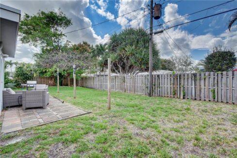 5661-Northeast-22nd-Ave-Fort-Lauderdale-Florida-ushombi-31