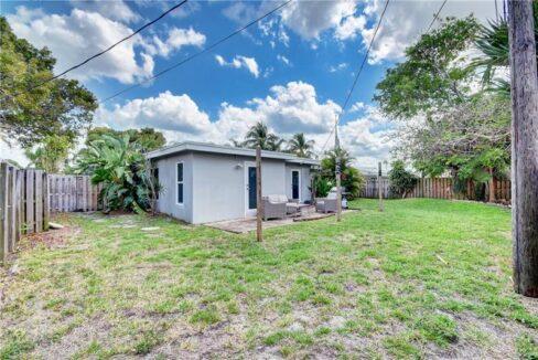 5661-Northeast-22nd-Ave-Fort-Lauderdale-Florida-ushombi-32