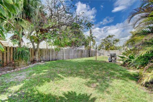 5661-Northeast-22nd-Ave-Fort-Lauderdale-Florida-ushombi-34