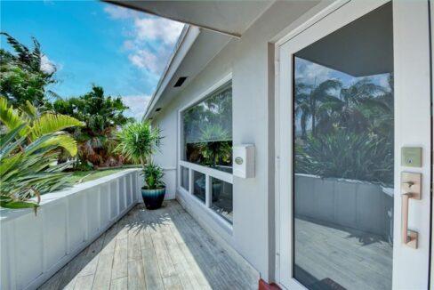 5661-Northeast-22nd-Ave-Fort-Lauderdale-Florida-ushombi-5