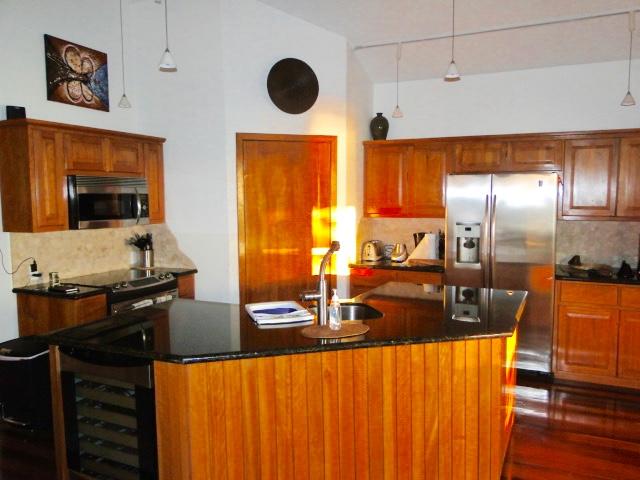 gibson-bight-waterfront-home-roatan-island-honduras-ushombi-9