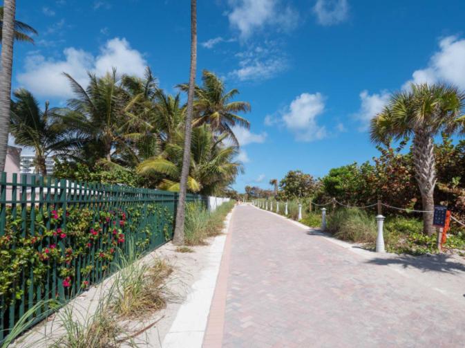 5225-collins-avenue-1621_miami-beach_florida_33140-2570-ushombi-24