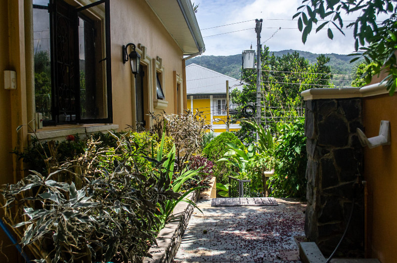 executive-style-tri-level-property-in-blue-range-diego-martin-trinidad-and-tobago-ushombi-33