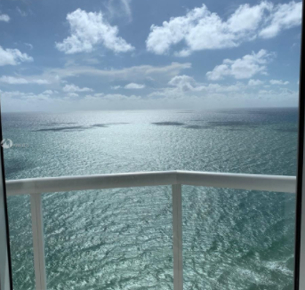 3BR-Akoya-Condo-Miami-Beach-Florida-Ushombi-29