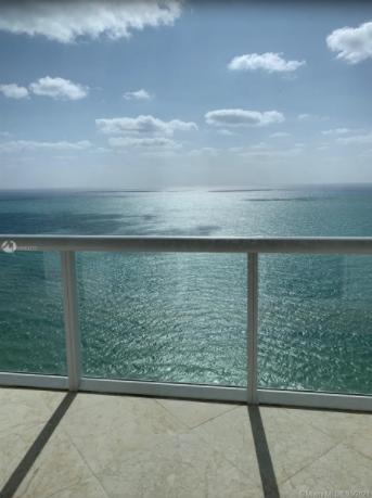 3BR-Akoya-Condo-Miami-Beach-Florida-Ushombi-30