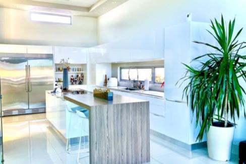 modern-guaynabo-move-in-ready-house-guaynabo-puerto-rico-ushombi-4