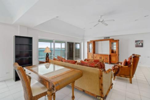 conchrest-penthouse-west-bay-street-conchrest-cable-beach-providence-bahamas-ushombi-8