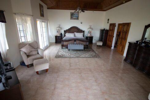 11-br-villa-for-sale-in-portland-portland-jamaica-ushombi-14