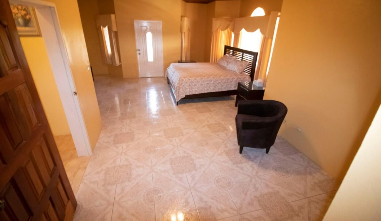 11-br-villa-for-sale-in-portland-portland-jamaica-ushombi-16