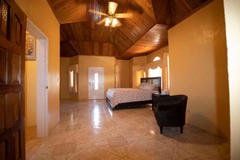 11-br-villa-for-sale-in-portland-portland-jamaica-ushombi-17