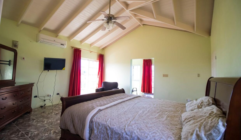 11-br-villa-for-sale-in-portland-portland-jamaica-ushombi-19