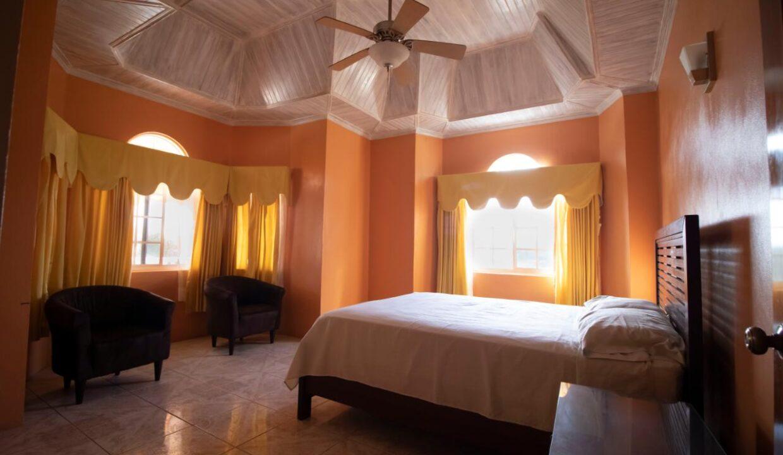 11-br-villa-for-sale-in-portland-portland-jamaica-ushombi-20