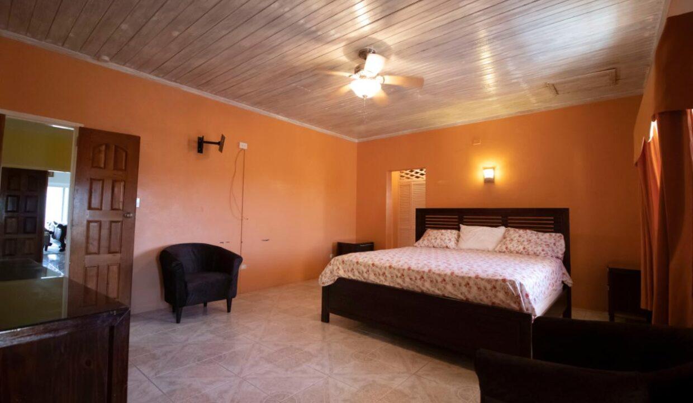 11-br-villa-for-sale-in-portland-portland-jamaica-ushombi-24