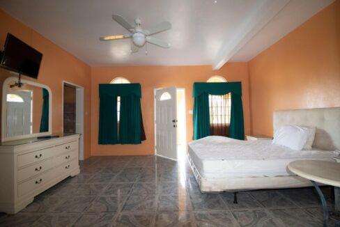 11-br-villa-for-sale-in-portland-portland-jamaica-ushombi-30