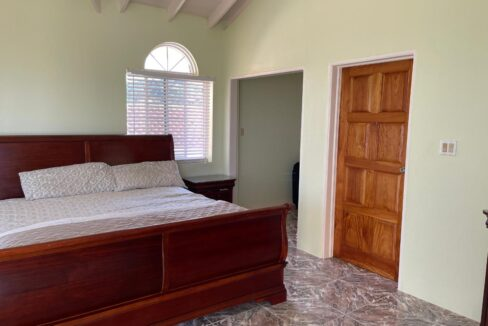 11-br-villa-for-sale-in-portland-portland-jamaica-ushombi-31