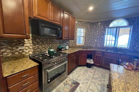 11-br-villa-for-sale-in-portland-portland-jamaica-ushombi-43