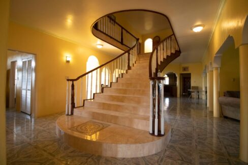 11-br-villa-for-sale-in-portland-portland-jamaica-ushombi-8