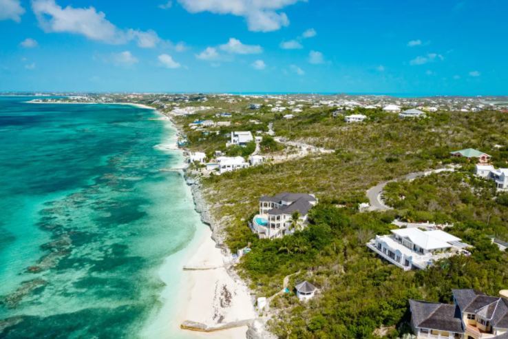 oceanfront-thompson-cove-providenciales-turks-and-caicos-ushombi-6