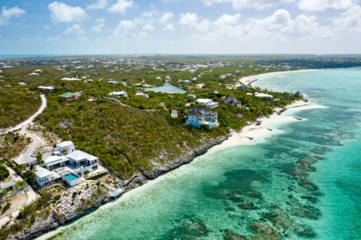 oceanfront-thompson-cove-providenciales-turks-and-caicos-ushombi-8