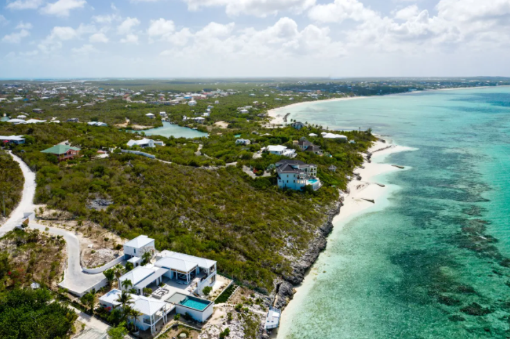 oceanfront-thompson-cove-providenciales-turks-and-caicos-ushombi-9