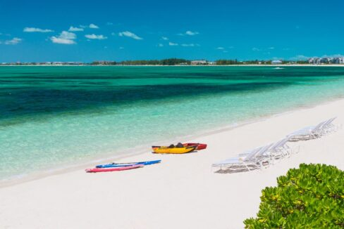 reef-pearl-villa-24-coconut-road-on-grace-bay-providenciales-turtle-cove-turks-and-caicos-ushombi-1