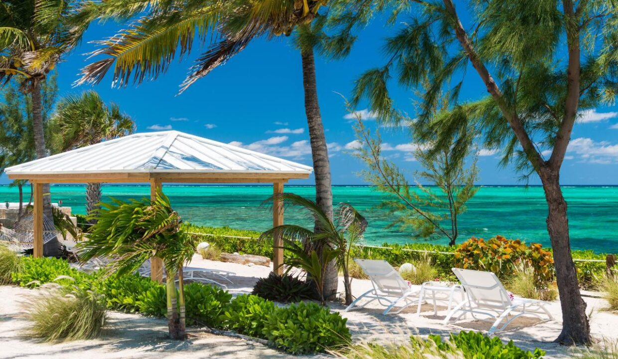 reef-pearl-villa-24-coconut-road-on-grace-bay-providenciales-turtle-cove-turks-and-caicos-ushombi-17