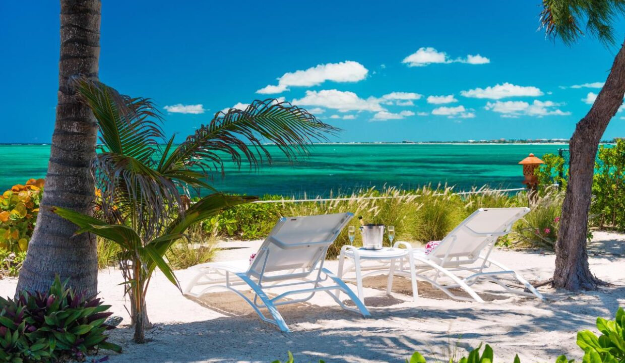 reef-pearl-villa-24-coconut-road-on-grace-bay-providenciales-turtle-cove-turks-and-caicos-ushombi-19