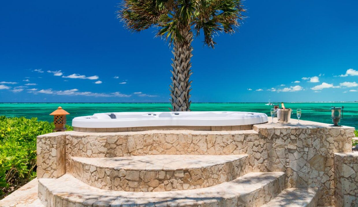 reef-pearl-villa-24-coconut-road-on-grace-bay-providenciales-turtle-cove-turks-and-caicos-ushombi-26