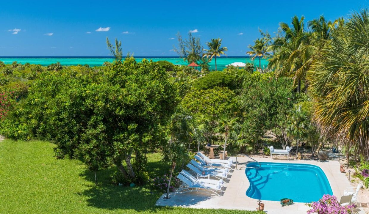 reef-pearl-villa-24-coconut-road-on-grace-bay-providenciales-turtle-cove-turks-and-caicos-ushombi-29