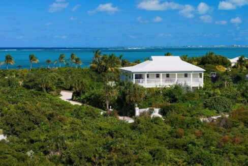 reef-pearl-villa-24-coconut-road-on-grace-bay-providenciales-turtle-cove-turks-and-caicos-ushombi-5