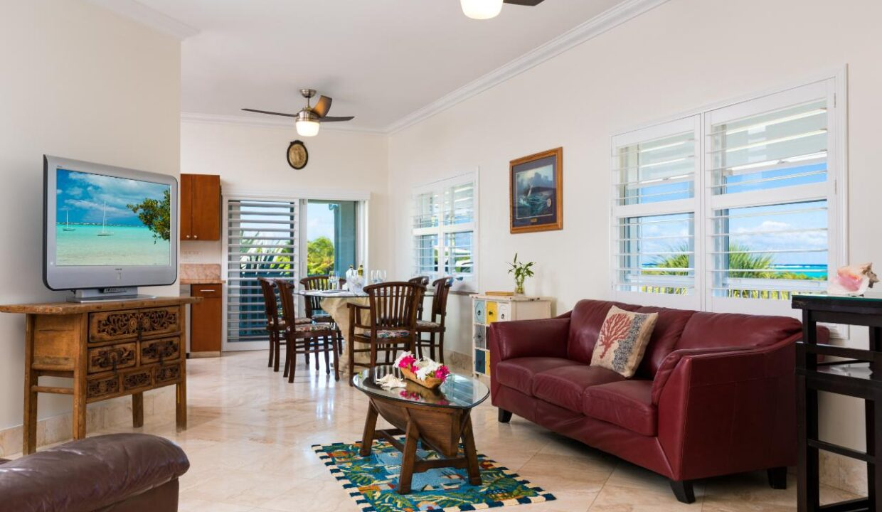 reef-pearl-villa-24-coconut-road-on-grace-bay-providenciales-turtle-cove-turks-and-caicos-ushombi-7