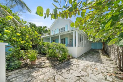 ty-melyn-819-west-bay-street-tropical-gardens-west-bay-street-np-bahamas-ushombi-2