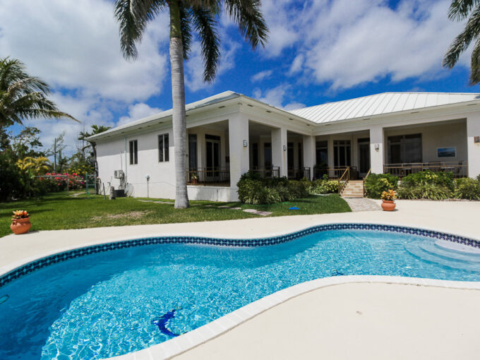 Chic Canalfront Estate in Fortune Bay