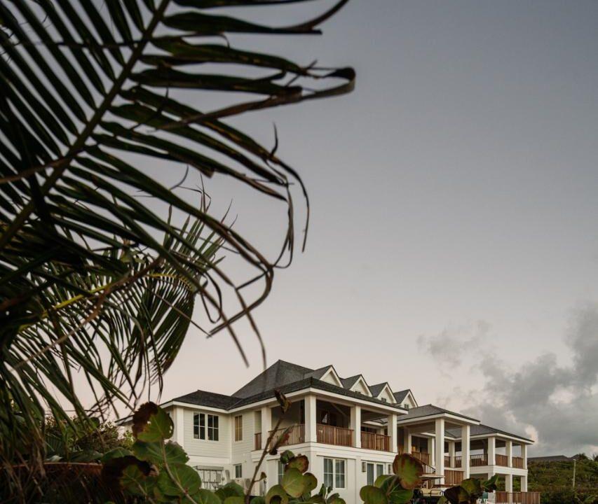 north-staniel-cay-staniel-cay-bahamas-ushombi-30
